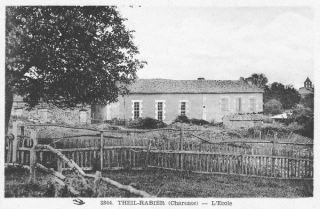 La 1ère école publique à Theil